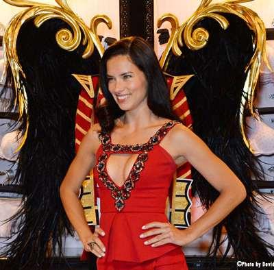 Adriana Lima, atout charme du Brésil