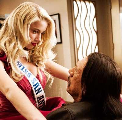 Amber Heard, blonde atomique