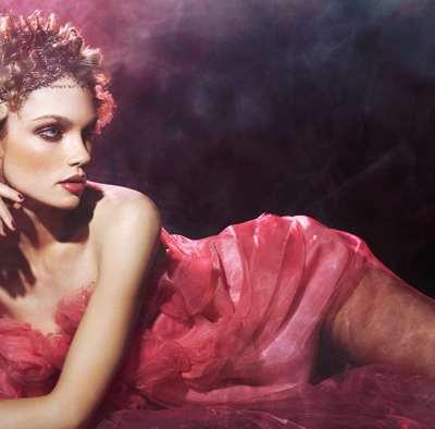 Des coiffures gourmandes pour la Saint Valentin avec la série Candy Rose de Céline Antunes