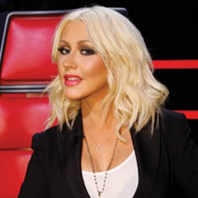 Christina Aguilera, reine du blond platine