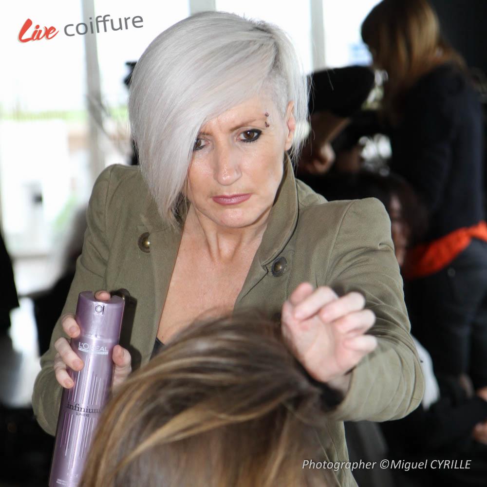 En El bastidor : el desfile cabina de peluquería
