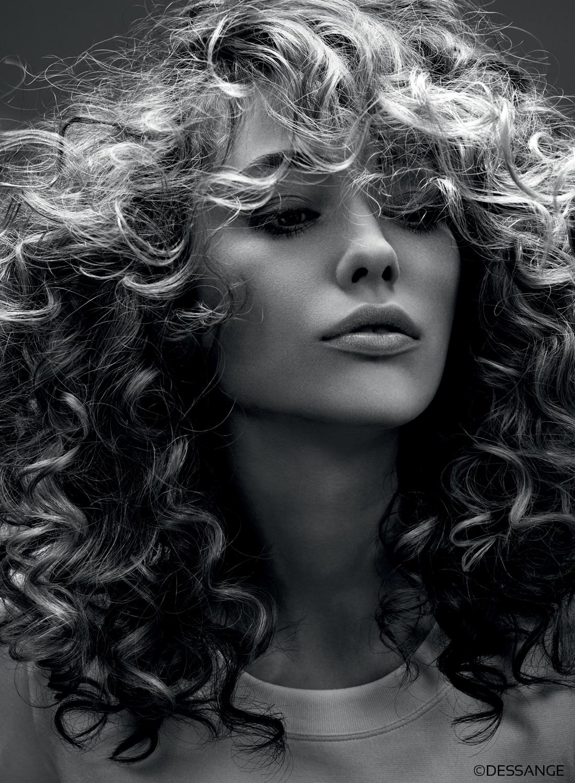 Quelle coupe choisir pour les cheveux boucl s - Quelle coupe de jean choisir ...
